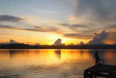 Senja di Siberut (Serunai; Zakharia Taufan)